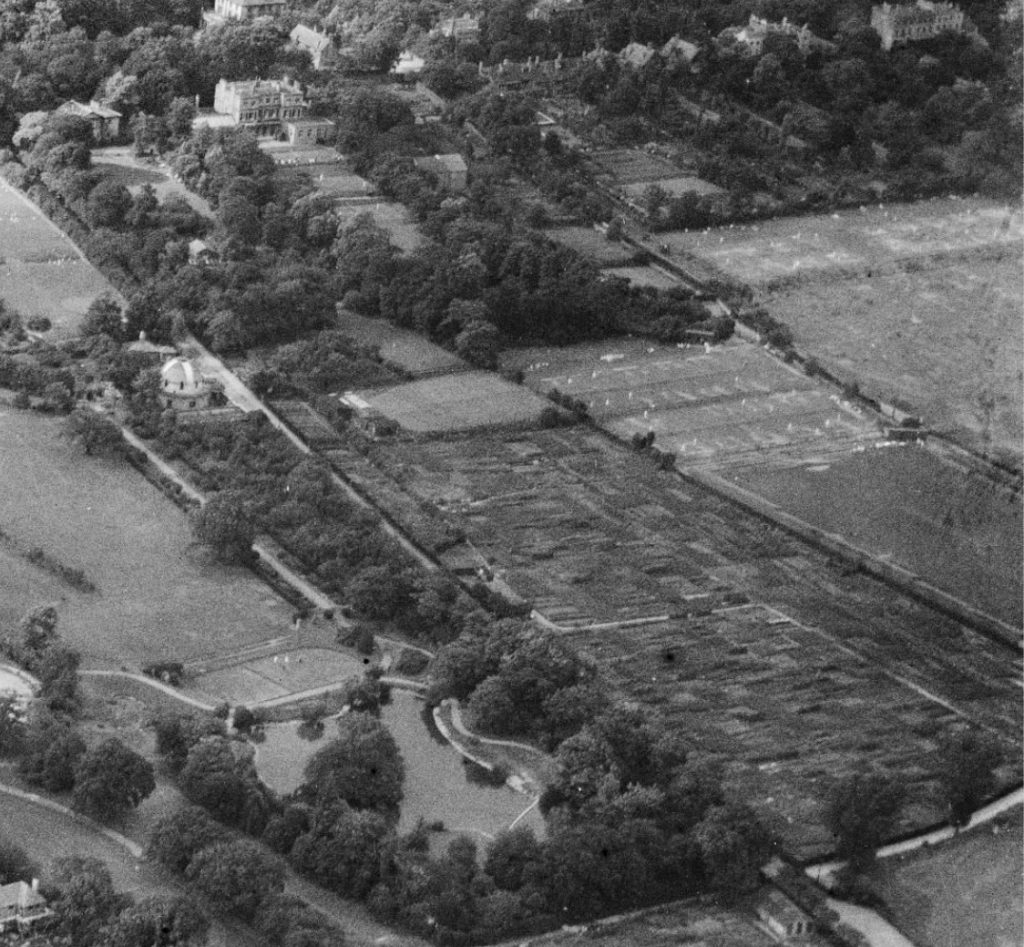 In 1922 the current astro turf site was a grassy field with a roof down one side and a small hut in the corner.